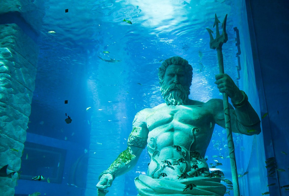 Review: Aquaman Drowns in an Ocean of CGI - From My Window